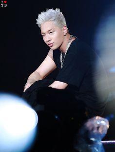 ameverything... — thekoreanbigbang:   170806 Taeyang - WHITE NIGHT...