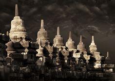 Borobudur, or Barabudur, is a Mahayana Buddhist Temple in Magelang, Central Java, Indonesia. Borobudur Temple, Eric Lafforgue, Buddhist Temple, Paradise Island, Yogyakarta, Medan, Place Of Worship, Beautiful Architecture, Jakarta