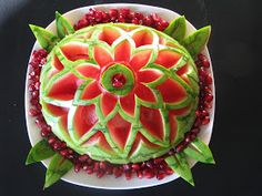 We!come to Gay@tri's Wor!d !!!: Fruit Carving