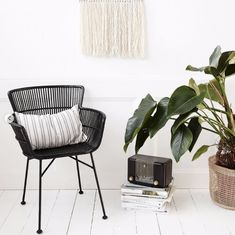 Rattan chair with armrests COON, black - House Rattanstuhl mit Armlehnen COON, Schwarz – House Doctor Rattan chair COON, black - House Doctor, Rattan Dining Chairs, Outdoor Chairs, Table And Chairs, Indoor Outdoor, Black Rattan Chair, Balcony Chairs, Cosy Corner, Decoration Design