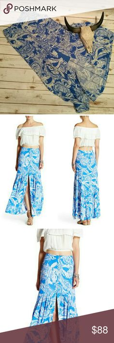 Free People smooth sailing maxi skirt Floaty maxi with a side zipper and front button detail. Lined the third front split. So gorgeous on, flows beautifully as you walk. Free People Skirts Maxi