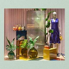 """MULBERRY, New Bond Street, London, UK, """"Of a tactile nature..."""", pinned by Ton van der Veer Spring Window Display, Window Display Design, Store Window Displays, Boutique Decor, Boutique Design, Fashion Store Design, Scarf Display, Mannequin Display, Window Art"""