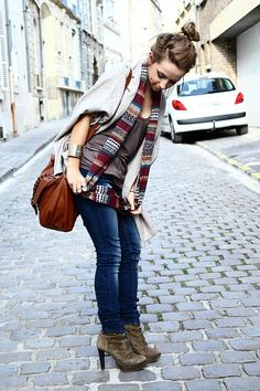 bag + shoes + scarf...the cute bun doesnt hurt either!