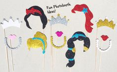 Wedding Photo Booth Props, Diy Photo Booth, Party Props, Party Ideas, Disney Princess Set, Disney Princess Birthday Party, Princess Photo, Glitter Photo, Nye Party