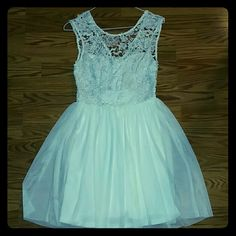White Dress Beautiful white summer dress, great for graduation or any other special event :) Dresses Mini