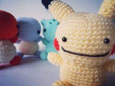Uh oh, looks like Dittochu up it mischievous ways and the others don't know it!  #pokemon #pokemongo #pokemontrainer #nintendo #crochetaddict #kawaii #amigurumi #yarn #hobby #pikachu #squirtle #charmander #balbasaur #dittochu #ditto #crochet #cute #nintendo #collection #gottacatchemall #handmade #geek #anime #humor  #starterpokemon #ashketchum