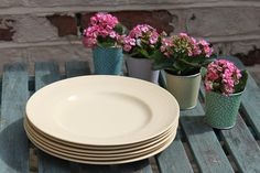 Jasmine Yellow Dinner Plates by Woods Ware. 6 Available Utility Ware Vintage Post War Kitchenware by AtticBazaar on Etsy Yellow Dinner Plates, Kitchenware, Tableware, Shades Of Yellow, Jasmine, 1940s, Woods, Pottery, Colours