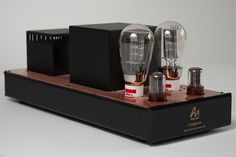 """Audio Note - Conqueror ,Single Ended Tube Amplifier"" !... http://about.me/Samissomar"