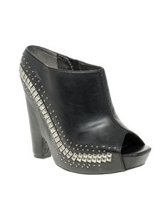 Sam Edelman Zachery Stud Detail Wedge Mule - I have these and they are my absolute favorite shoes! Big Love, Beautiful Love, First Love, Shoes Too Big, Pretty Shoes, Wedge Mules, Heeled Mules, Fashion Inspiration, Espadrilles