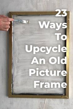 23 Awesome Things You Didn't Know You Could Do With Old Picture Frames. Transform your old picture frames with these 23 inspirational ideas. Transform your old picture frames with these 23 inspirational ideas. Upcycled Crafts, Diy Crafts, Recycled Decor, Repurposed Wood, Upcycled Home Decor, Diy Ikea Hacks, Old Picture Frames, Picture Frame Projects, Diy Picture Frame Crafts