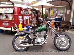ヤマハSR400 ファニーチョッパー ブラットスタイルが提唱したスタイルをガレージでコツコツと自分で組み立てて作った。 Moto Style, Choppers, Bobber, Yamaha, Motors, Bike, Vehicles, Ideas, Bicycle