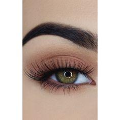Sosu Ella False Eyelashes (24 BRL) ❤ liked on Polyvore featuring beauty products, makeup, eye makeup, false eyelashes, eyes, beauty and black