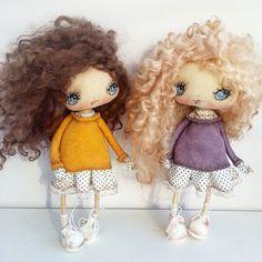 Две девочки ...темненькая и светленькая ) улетели к двум сестренкам и будут жить вместе )) всем привет и хорошего вечера !) ♥