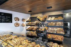 Bäckerkaffee Breitner Pfaffenhofen Brotpräsentation, Raum und Objektdesign