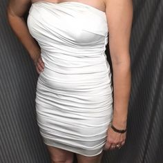 White prom dress Super cute white prom dress. Great condition. Worn once. Bodycon mini style Speechless Dresses Prom