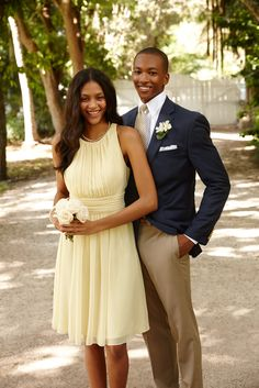 Lauren Ralph Lauren Wedding: Gorgeous pale-yellow dresses and sharp suits are the perfect match.