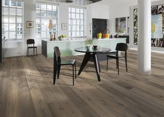 Oak Sture - Founders Collection