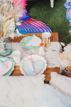 Boho Love Table Settings + Guest Table from a Boho Mermaid Party on Kara's Party Ideas | KarasPartyIdeas.com (23) Mermaid Party Decorations, Mermaid Parties, Table Decorations, Mermaid Pinata, Mermaid Cakes, Balloon Arch, Balloons, Balloon Installation, Mermaid Birthday