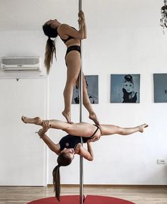 Pole Fitness Moves, Pole Dance Moves, Pole Dancing Fitness, Barre Fitness, Fitness Exercises, Aerial Dance, Aerial Hoop, Barre Workout, Boot Camp Workout