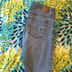 Light Wash Jeggings American Eagle super stretch jeggings. Light wash, great condition! American Eagle Outfitters Jeans Skinny