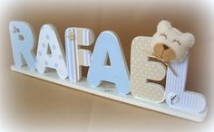 Caixa Chic: Letras Decorativas Wooden Wall Letters, Diy Letters, Wood Crafts, Diy Crafts, Baby Room Decor, Baby Boy Nurseries, New Baby Products, Decoupage, Kids Room
