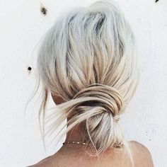 Agyness deyn hairstyle women haircuts style long bobs,bun hairstyles for girls messy hairstyles curly hairstyles haircuts for asymmetrical faces. Hair Inspo, Hair Inspiration, Pretty Hairstyles, Hairstyle Ideas, Wedding Hairstyles, Beach Hairstyles, Men's Hairstyle, Wedding Updo, Formal Hairstyles
