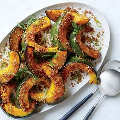 Roasted squash with crispy bulgur crumbs--Thanksgiving Dinner at Grey Crossing--chapter 22 Vegetarian Recipes Easy, Vegetable Recipes, Healthy Dinner Recipes, Cooking Recipes, Cooking Kids, College Cooking, Microwave Recipes, Cooking School, Potato Recipes