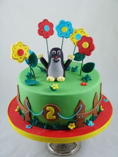 Little Mole themed fondant birthdaycake. Custom Birthday Cakes, Custom Cakes, Queen Cakes, Fondant Cakes, Mole, Macarons, Birthday Parties, Food And Drink, Sweets
