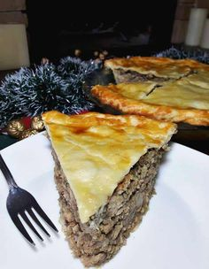 Canadian Meat Pie Recipe, Canadian Dishes, Canadian Cuisine, Canadian Food, Canadian Recipes, Russian Recipes, Beef Steak Recipes, Ground Beef Recipes, Meat Recipes