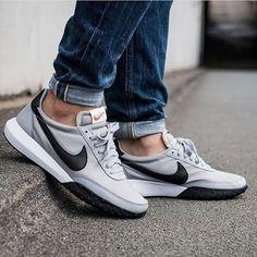Nike Roshe Waffle Racer #sneakernews #Sneakers #StreetStyle #Kicks