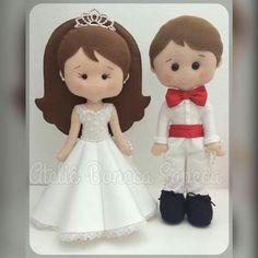Felt Crafts, Diy And Crafts, Wedding Doll, Bride Dolls, Fun At Work, Felt Toys, Soft Dolls, Felt Art, Diy Doll