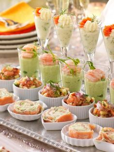 6 lyxiga tilltugg till 12-slaget! | Allas Recept Tapas, Healthy Foods To Eat, Healthy Smoothies, Appetizer Recipes, Appetizers, Crostini, Casino Night Food, Fingerfood Party, Party Finger Foods