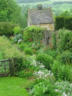 Manor Garden, Snowshill - Cotswolds, England