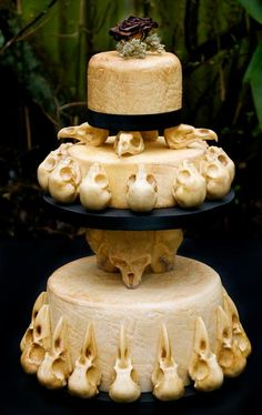 Skull cake. One of the more amazing ones. Elegant instead of cartoonish.