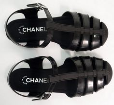 Chaussure Chanel, Chaussures Femme, Sandales Plates, Mode, Stylisme,  Soulier, Garde 67c1494be77