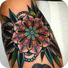 New geometric flower tattoo sleeve beautiful ideas Tattoo Cover, Tattoo On, Piercing Tattoo, Tattoo Drawings, Mandala Tattoo, Piercings, Time Tattoos, Body Art Tattoos, Tribal Tattoos