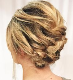 60 Updos for Short Hair – Your Creative Short Hair Inspiration Asymmetrical Braided Updo For Short Hair Braided Updo For Short Hair, Easy Braided Updo, Chic Short Hair, Prom Hairstyles For Short Hair, Teenage Hairstyles, Very Short Hair, Short Hair Styles Easy, Short Bob Haircuts, Short Wedding Hair