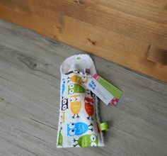 Petite pochette voyage pour brosse à dents et/ou dentifrice, pochette brosse à dent, pochette transport, pochette dentifrice, hiboux, bleu de la boutique PetitHerissonM sur Etsy