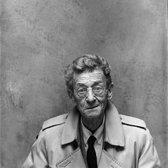 Simon Carmiggelt (1913-1987) - Dutch writer who became a well known public figure in the Netherlands because of his daily newspaper columns and his television appearances. Photo by Paul Huf, 1987