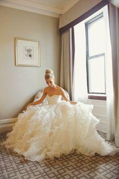 These ruffles! Gorge Oscar de la Renta dress: http://www.stylemepretty.com/2014/10/02/oscar-de-la-renta-moments-inspired-by-amals-wedding-dress/ | Photography: Sweet Monday