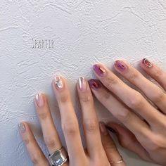 Spartir エスパルティールさんはInstagramを利用しています:「⋆ 『透け感ニュアンスネイル𓏬▯▮▯』 ⋆ ⋆ アシンメトリーに✧ ⋆ ⋆ ⋆ ⋆ ⋆⋆⋆-----------------------------------⋆⋆⋆ Nailsalon…」 Hot Nails, Hair And Nails, Korean Nails, Nail Jewelry, Short Nails Art, Fire Nails, Minimalist Nails, Crystal Nails, Beautiful Nail Designs