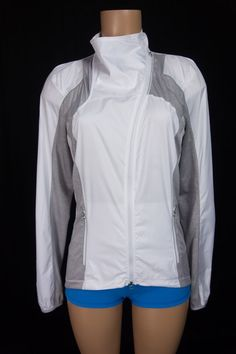 LULULEMON Presta Packable Shirket 8 M Medium White Gray Cycle Bike Jacket…