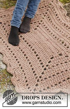 Crochet rectangular rug. Free pattern. ༺✿ƬⱤღ  https://www.pinterest.com/teretegui/✿༻