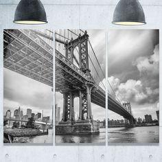 Designart - Manhattan Bridge in Gray Shade - Cityscape Photo Glossy