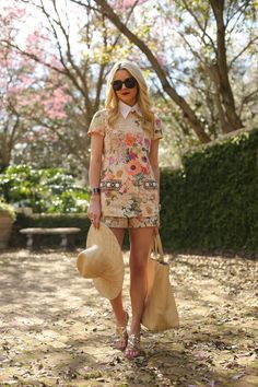 Spring Fashion 2014. Florals with blogger --> Atlantic-Pacific ::M::