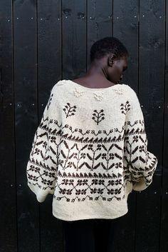 Knitting Patterns Sweaters Ravelry: Michel pattern by Junko Okamoto Knitting Designs, Knitting Projects, Nordic Sweater, Fair Isle Knitting, Yarn Shop, Cardigan Pattern, Knit Fashion, Lana, Knitwear