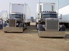 Peterbilt Show Trucks | spyderbilt 2003 peterbilt redroadster 29 peterbilt 359 owned by gary