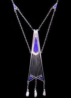 FRANZ BOERES for THEODOR FAHRNER An impressive Jugendstil silver enamelled necklace with pearl drops. German c.1900