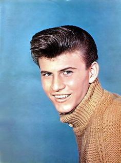 Bobby Rydell (born Robert Louis Ridarelli, 26 April 1942, Philadelphia, Pennsylvania) is an American professional singer, mainly of rock and roll music. Description from who.famousfix.com. I searched for this on bing.com/images