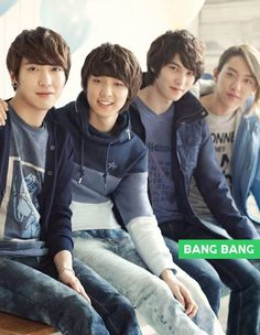CNBLUE Jung Yong-hwa , Lee Jong-hyun, Lee Jung Shin and Kang Min-hyuk Come visit kpopcity.net for the largest discount fashion store in the world!!